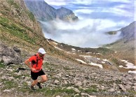 alpinultras-running-at-aspe-peak-canfranc